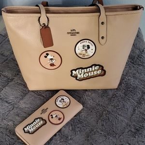 Disney×Coach tote bag and matching wallet